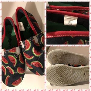 Kidgets Size 9 toddler watermelon 🍉 slip ons